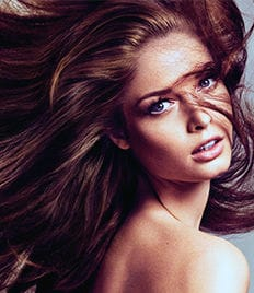 Стрижки, окрашивание, лечение волос, СОЛЯРИЙ в салоне красоты «ЕВА» со скидкой 60%