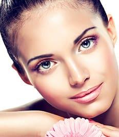 Скидка до 69% на чистки и пилинги, студия красоты и здоровья «REZYLTAT» (Результат)