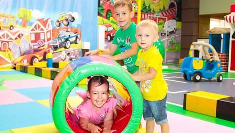 Посещение игровой зоны в будний или выходной день в семейном развлекательном центре «ИгроДром» со скидкой 50%!