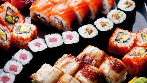 Заказывай суши, роллы со скидкой 50%, от компании