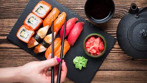 Попробуй суши, роллы и сеты со скидкой -50% от компании