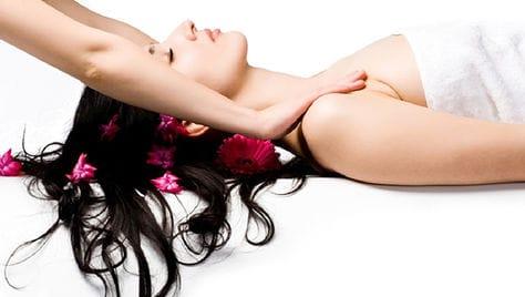 Детский массаж, массаж спины и другие виды со скидкой до 70% в массажном кабинета «Deja-vu» (Дежавю) Юлии Искоркиной!!