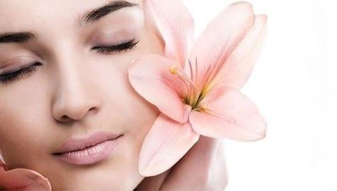 Профессиональная косметология со скидкой до 77% от центра медицинской косметологии «Эстетика»!