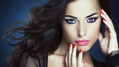Будь неотразимой! Скидка на все виды перманентного макияжа, биотатуаж со скидкой 75% от cтудии красоты «Кристина»!