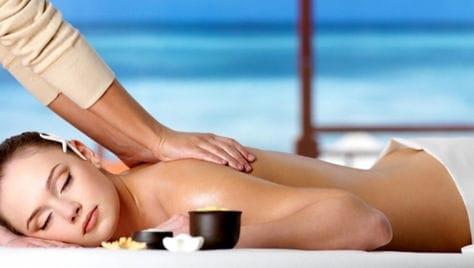 Различные виды массажа на выбор со скидкой до 68% от студии красоты