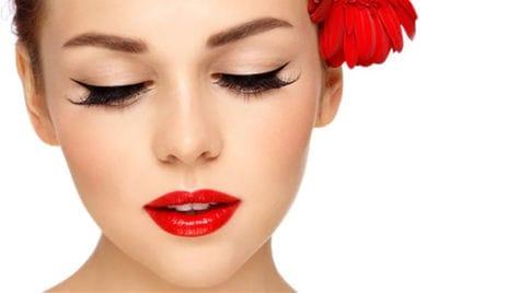 Скидка до 60% на любые виды перманентного макияжа от салона красоты