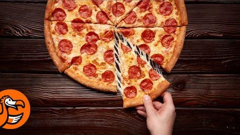 Пробуем вкусную пиццу со скидкой 50% от сети пиццерий №1 «ДОДО»