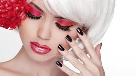 Маникюр, педикюр и услуги для волос со скидкой до -85% от салона красоты