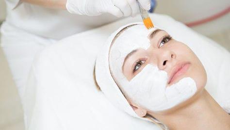 Профессиональная косметология со скидкой до 77% от центра мед. косметологии «Эстетика»