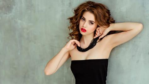 Скидка до 65% на услуги для ногтей, бровей, волос, шугаринг от салона красоты «Гелена».!!1!